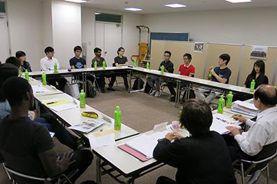 奨学生グループ座談会